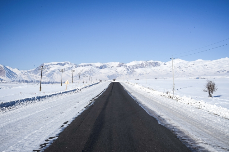 drive-to-naryn-2