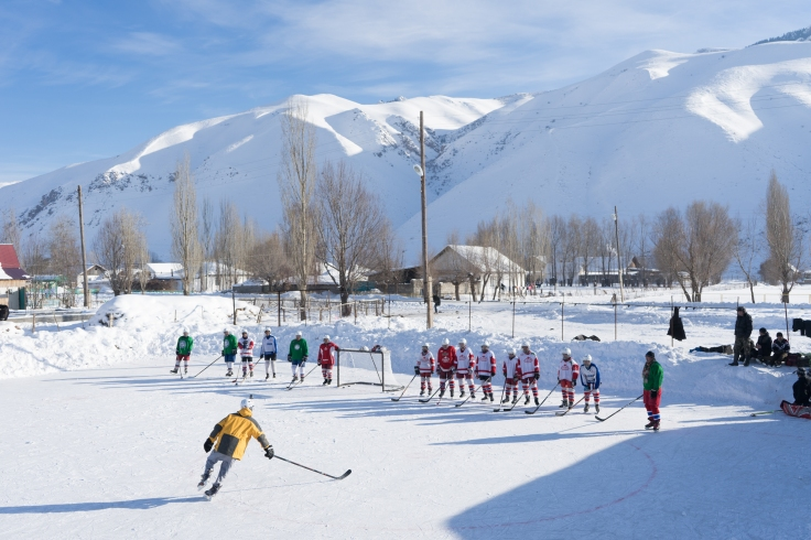 hockey-in-naryn3